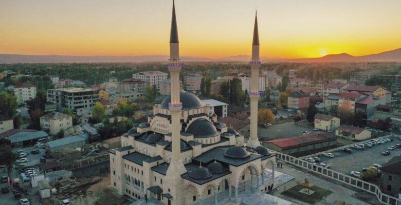 Patnos'ta Recep Tayyip Erdoğan Camii açıldı