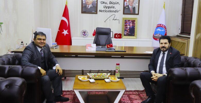 Diyadin Kaymakamı Balcı'dan Belediye Başkanı Sayan'a ziyaret