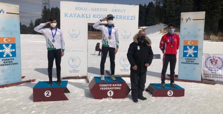 Ağrı Sporcu Eğitim Merkezi sporcularından 9 madalyalık zafer