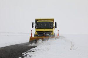 Ağrı'da kapalı köy yolları ulaşıma açıldı