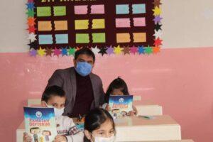 Diyadin Belediyesi'nden çocuklara Ramazan sürprizi