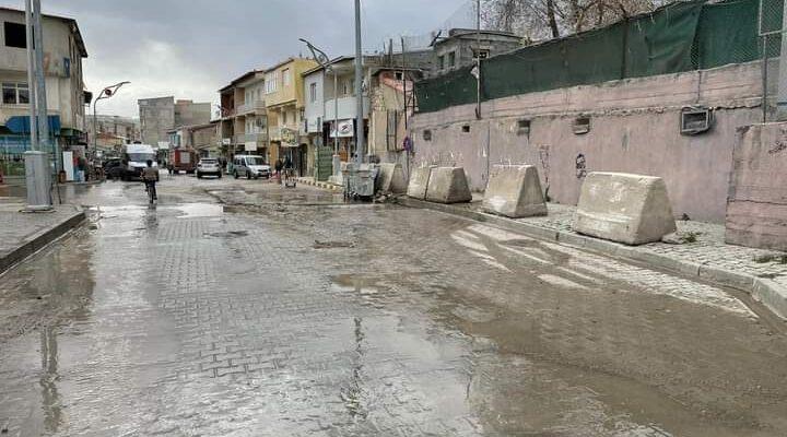 Diyadin'de yıllardır trafiğe kapalı olan yol yeniden açıldı