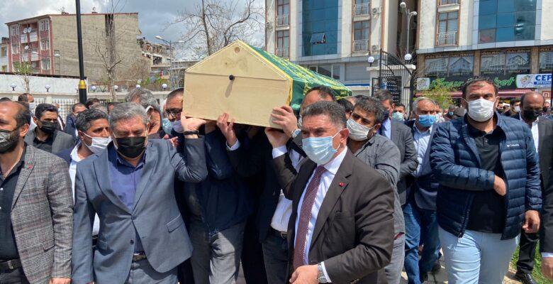 Eski Devlet Bakanı Cemil Erhan, toprağa verildi
