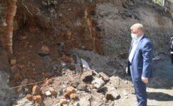 Ağrı Merkez Cami inşaat alanında ortaya çıkan yapının eski ambar olduğu anlaşıldı