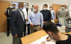 Ağrı Valisi Varol, Covid-19 Aşı Polikliniğini ziyaret etti