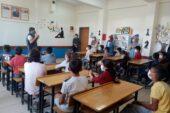 Gönül Elçileri, köy okulunda kütüphane kurdu