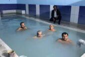 Kaymakam Balcı, havuza girip vatandaşları kaplıcalara davet etti