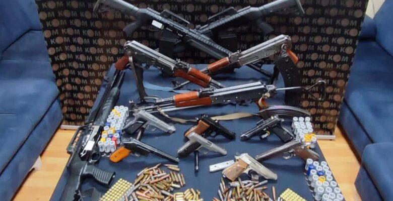 Ağrı'da silah kaçakçılarına operasyon
