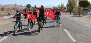 Diyadin'de bisiklet turu düzenlendi